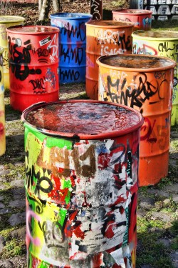 Urban Art - Painted oil drums - Standard